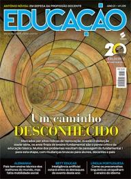 01_CAPA EDUCAÇÃO 239.indd