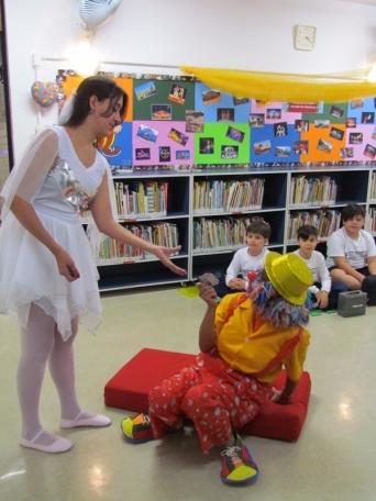 Circo na Biblioteca24