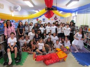 Circo na Biblioteca32